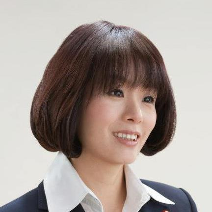かつべ げんき勝部 元気1983年、東京都中野区に生まれる[2]。埼玉県で育った[2]。早稲田大学社会科学部卒業[3]。民間企業で財務経理や経営企画の責任者を務めた[2]。その後はテレビ、雑誌、ウェブ上でコメンテーターとして活動している[2]。ジェンダー論、現代社会論、コミュニケーション論、教育論などを専門としている[3]。2015年、著書『恋愛氷河期』が扶桑社より刊行された[4]。下の方のお説のとおりですわ。 いやいや、バカ面晒す程度ならいいんですよ。  裁判というのが公の機関を使ってる以上、メリットがなったら一切だんまりじゃ、食い逃げです。   現況見る限りアー姐さんの態度はなってません。 このままでは私も甚だ遺憾ながら、バカッター分類の反対派なるものに回らざるを得ません。  何ですか?あのバカッターは!  埒もない投稿に茶坊主が一斉によいしょを入れてさ。 どうしても傷口を舐めて貰いたいならお付に、女なら誰でも持ってる足の付け根の大傷でも舐めて貰えばいい!  と、シモネタに続ければ…  往時のオウムでは股舐め修行ってのはなかったのかしら? まさかのうんち食べ修行があったというだから、これもあっても不思議ではありません。  掲示板サイトのSM板で年下女上司ものとして、結構話題になってましたよ。  オウムってのは年齢や外部での地位は一切度外視の軍隊組織。 TVでも、自分の娘の年代よりも下と思われるティーン女幹部に絶対服従している壮年男の信者の姿を、よく映してましたよ。 そのティーン♀がこっそり悪戯心を起こしたら…そこらあたりがヒントでしょうね。   時にオウムの連中ってのは、きわめて不衛生でろくすっぽ風呂にもはいらないものですから、匂うですよ。 ことに新陳代謝の激しいティーンなんてのは、汚れギャルという月並みな言葉では片付かないほどのきったなさでしょうね。 その彼女が股舐めを命令してきたとなったら…  もうこの世の地獄ですわ。 アンモニア原液を嗅がされたの等しい激臭で鼻がバカになった状態で、垢とシッコで貼り固まった陰毛を唾液で溶かして飲み込むとこが出発。 ことによったら、うんちを喰わされるより不潔かもしれませぬぞ。 あまりのつらさに、大の男が声を上げて泣くこと必定です。